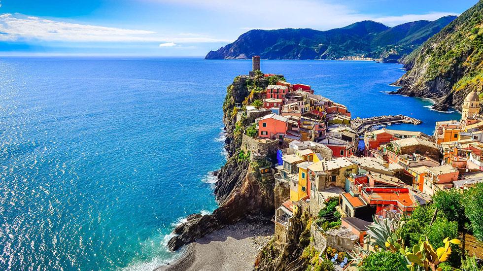 Góc cảnh làng chài Manarola-Tour Ý