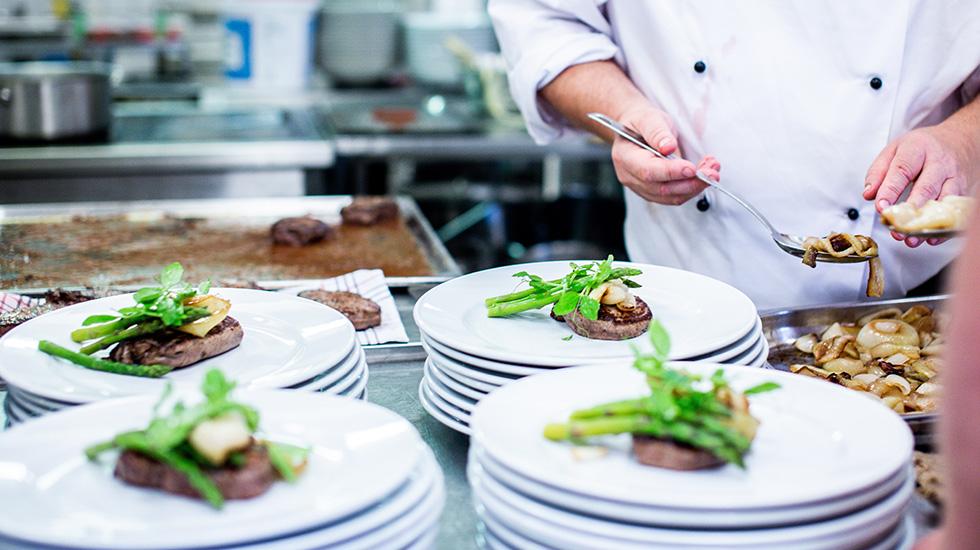Lớp nấu ăn đặc sản Ý (1)