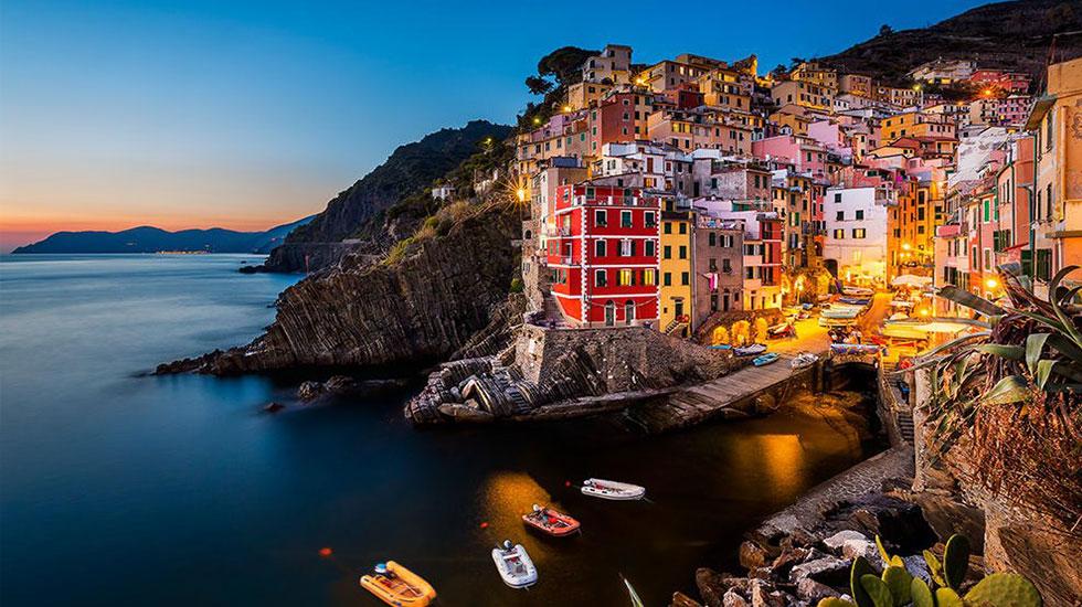 Riomaggiore - Tour Du Lịch Ý