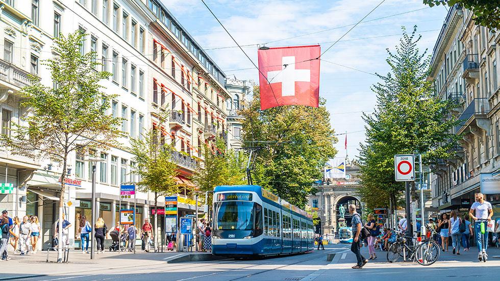 Bahnhofstrasse Street-Tour du lịch Thụy Sĩ