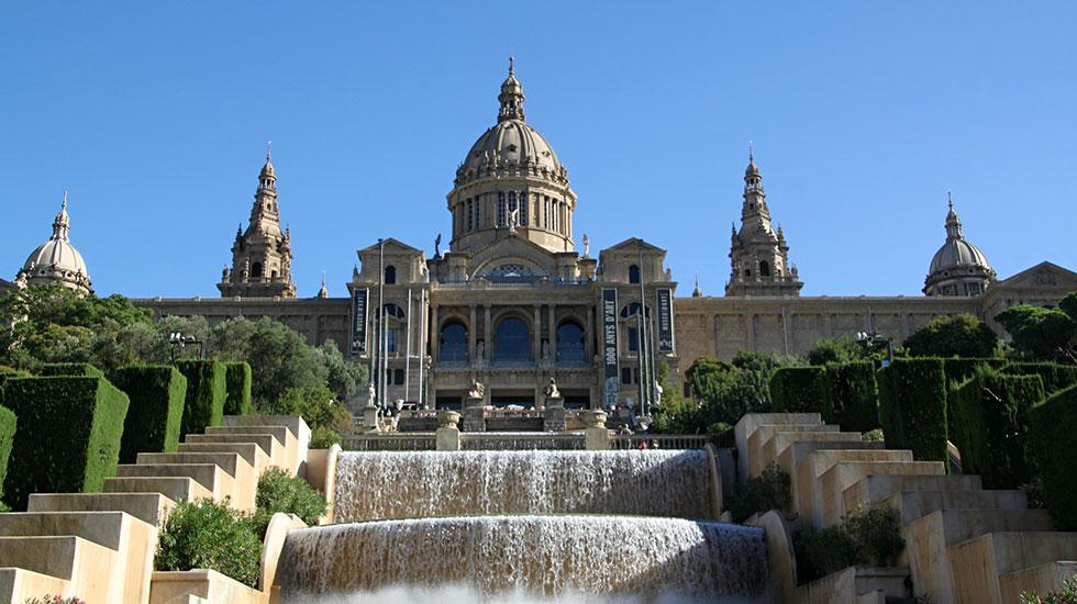 Bảo-tàng-nghệ-thuật-Quốc-Gia-Barcelona - Tour Du Lịch Tây Ban Nha