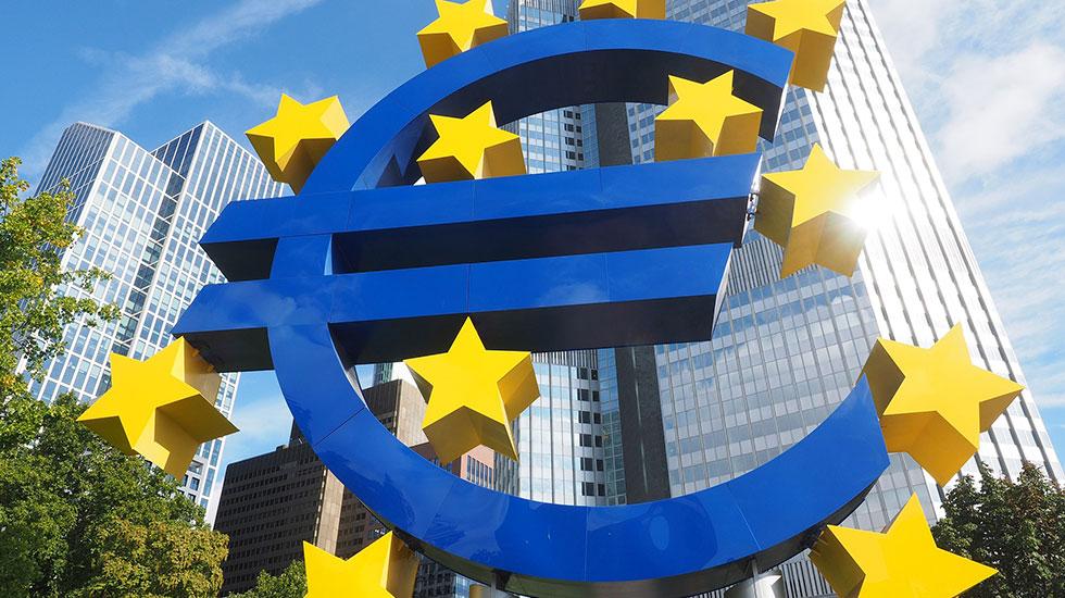 Biểu tượng đồng tiền chung Euro - Du lịch Đức