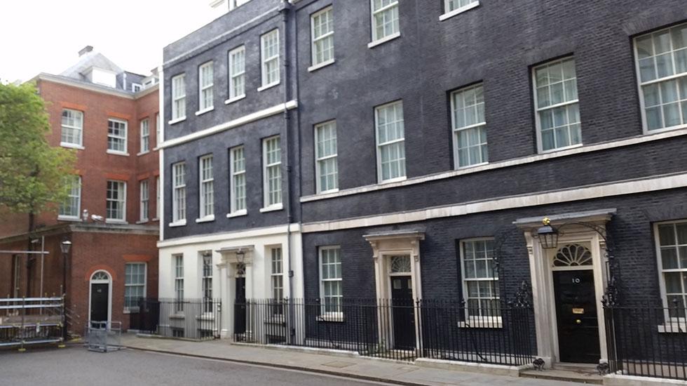 Căn nhà số 10 phố Downing nơi làm việc của Thủ Tướng Anh - Du lịch nước Anh