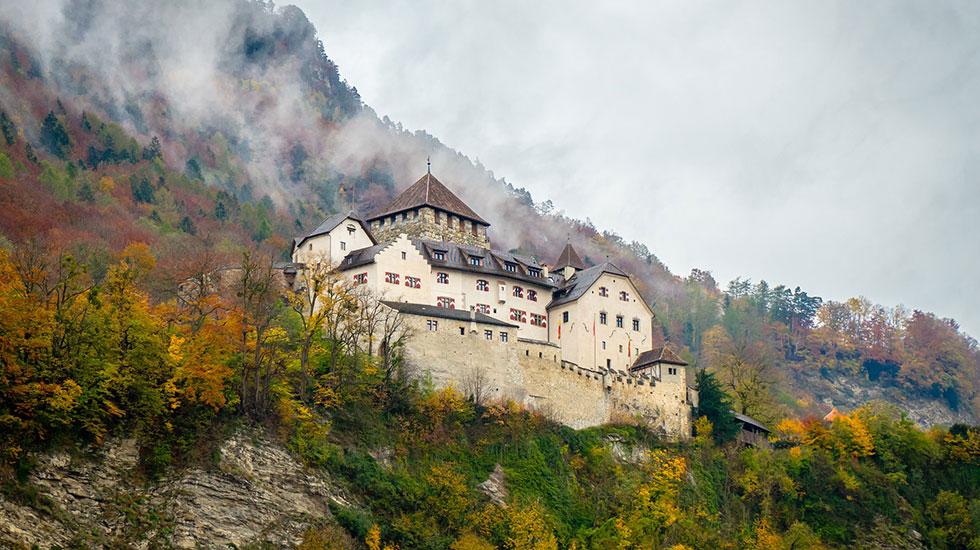 Castle Vaduz - Du lịch Thụy Sĩ