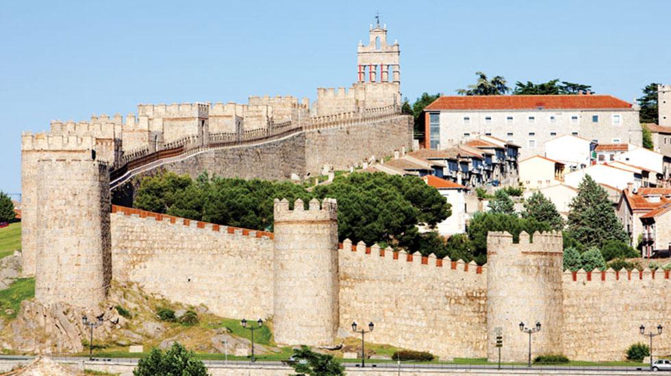City-walls-Avila - Tour Du Lịch Tây Ban Nha
