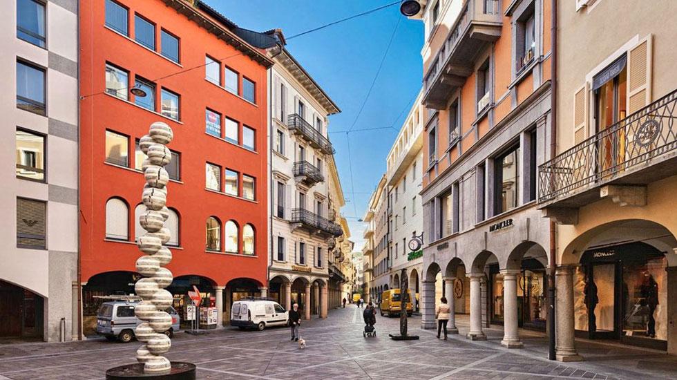 Con đường mua sắm Via Nassa Lugano - Tour Thụy Sĩ giá rẻ