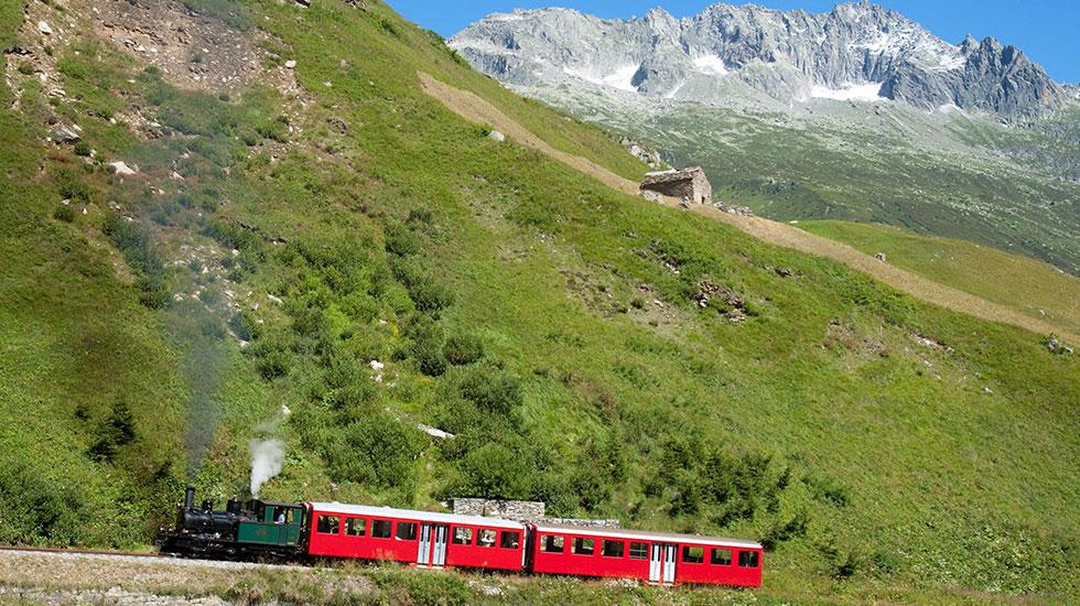 Con tàu Đà Lạt - Tour Thụy Sĩ giá rẻ