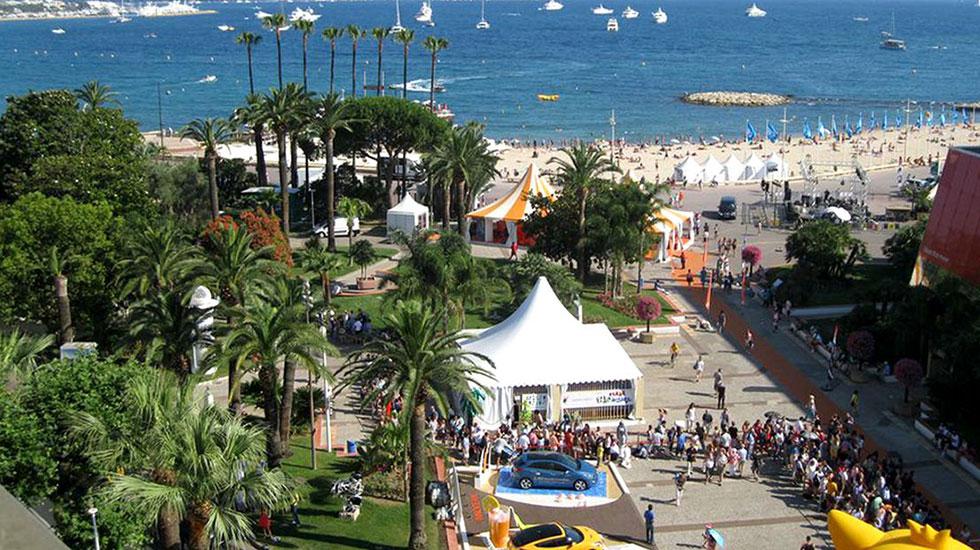 Đại-Lộ-Croisette Cannes - Tour Du Lịch Pháp