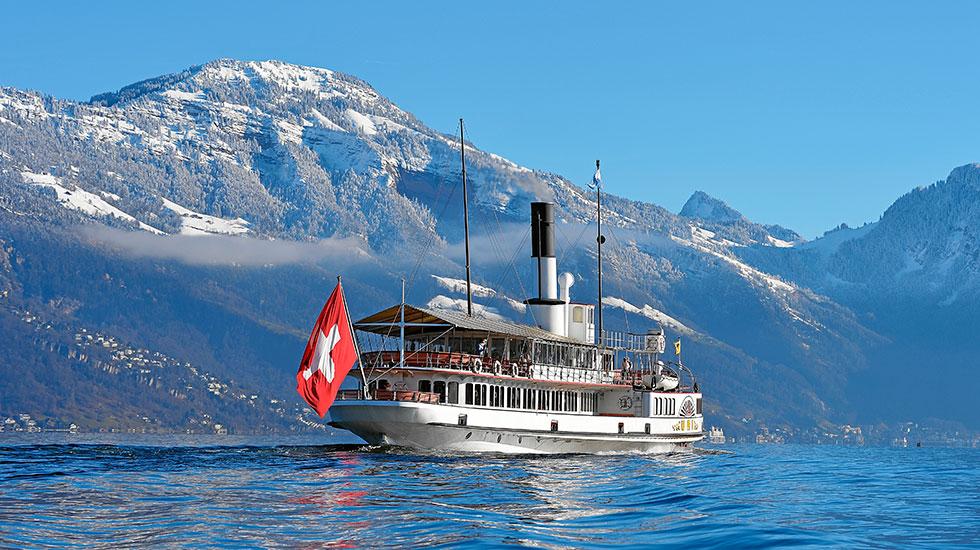 Du thuyền trên sông Lucerne - Tour Thụy Sĩ
