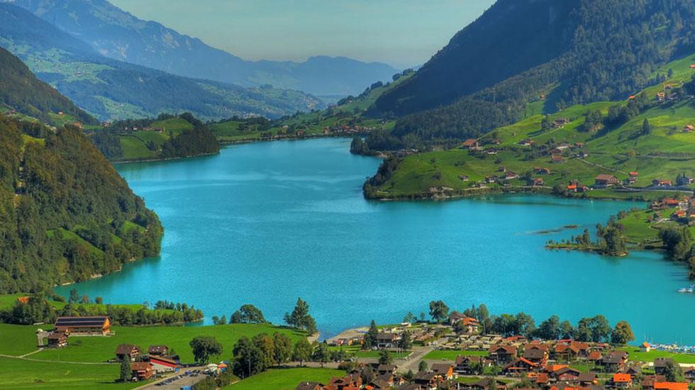 Hồ Brienz - Du lịch Thụy Sĩ
