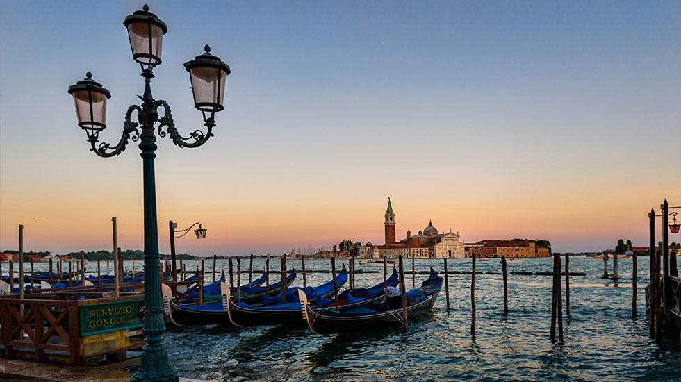 Italy_Boats_Sunrises_and_sunsets_Venice_Street - Tour Du Lịch Ý