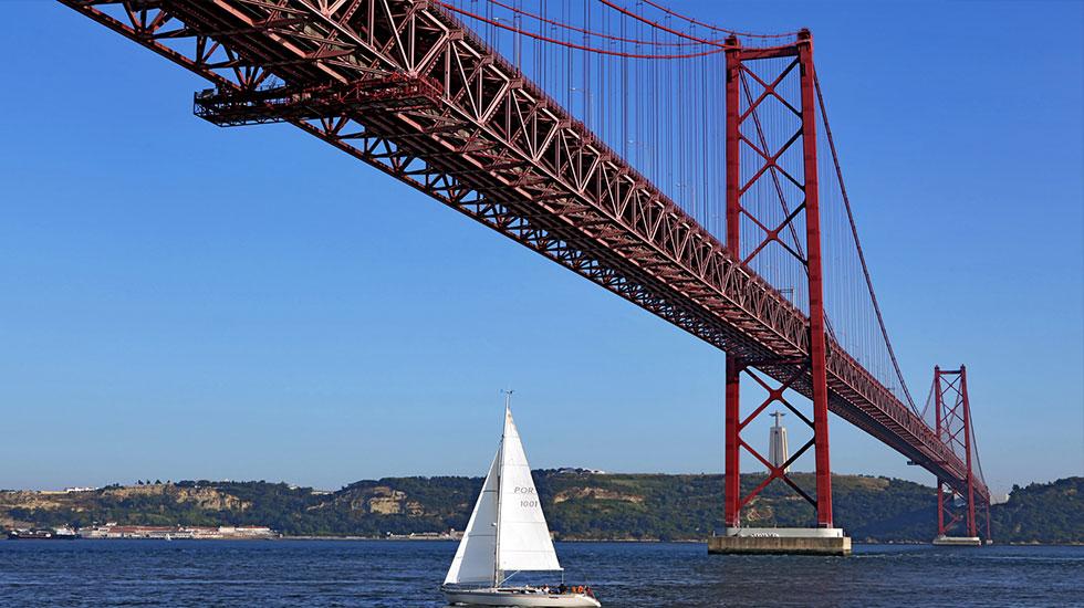LISBON BRIDGE - Tour Du Lịch Bồ Đào Nha