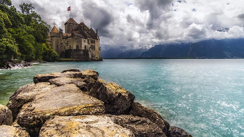 Lâu đài Chillon - Tour Thụy Sĩ
