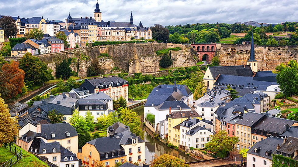 Luxembourg_Houses_Rivers_Tour Du Lịch Luxembourg