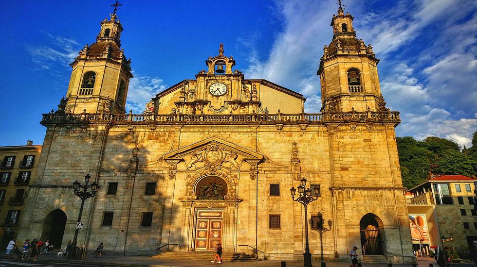 Nhà-thờ-Bilbao - Tour Du Lịch Tây Ban Nha