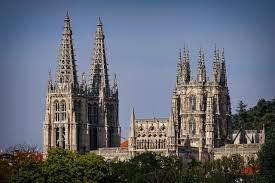 Nhà thờ Burgos - Tour Du Lịch Tây Ban Nha