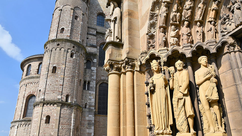 Nhà thờ Dom St. Peter - Tour Đức