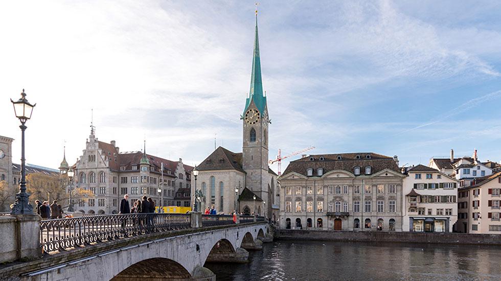Nhà thờ Fraumünster - Tour Tụy Sĩ giá rẻ