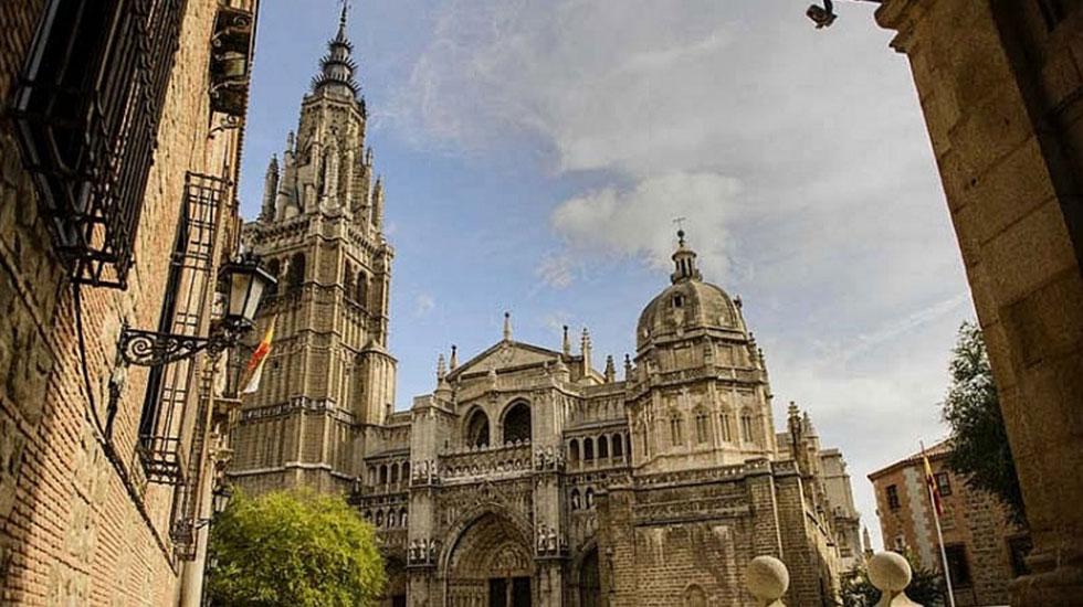 Nhà-thờ-Gothic-Cathedral - Tour Du Lịch Tây Ban Nha