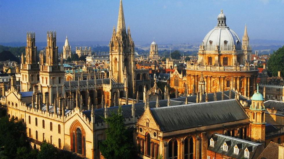 Nhà thờ đại học St.Mary the Virgin - tour Anh Quốc