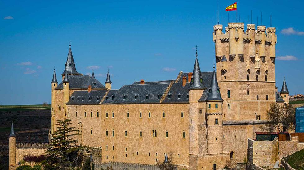 Pháo-đài-Alcazar-fortress - Tour Du Lịch Tây Ban Nha