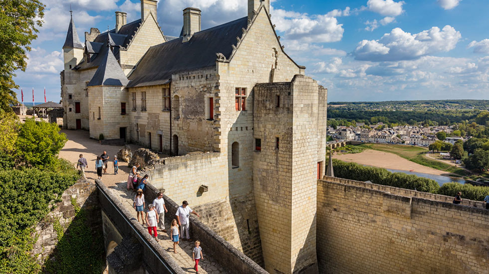 Pháo-đài-hoàng-gia-1---Tour-Du-Lịch-Pháp
