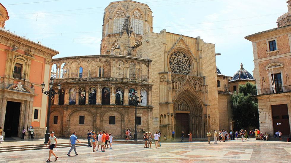 Quảng-trường-Nhà-thờ-Valencia - Tour Du Lịch Tây-Ban-Nha