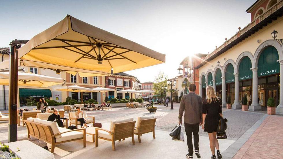 Serravalle Designer Outlet 2 - Tour Du Lịch Ý