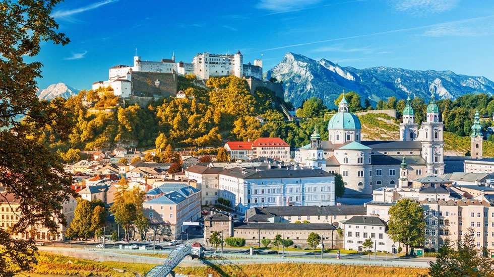 Thánh đường Salzbourg - Du lịch Áo