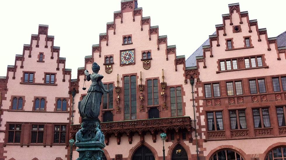 Tòa thị chính Rommer - Tour Pháp Đức Bỉ Hà Lan