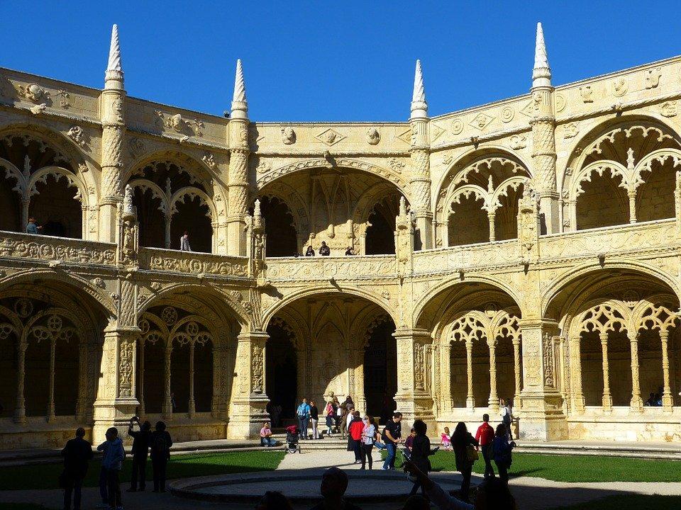 Tu viện Jeronimos Monastery 1 - Tour Du Lịch Bồ Đào Nha