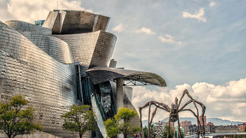 Viện-bảo-tàng-Guggenheim-Bilbao - Tour Du Lịch Tây Ban Nha