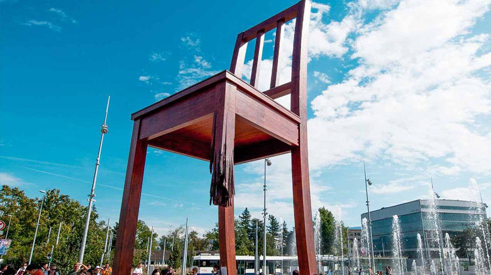 Chiếc ghế 3 chân - Du lịch Thụy Sĩ
