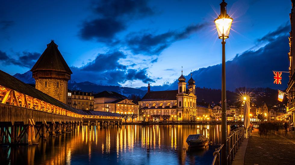 Lucerne về đêm - Du lịch Thụy Sĩ