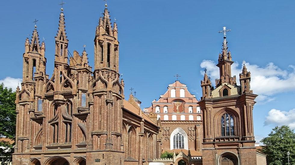 Nhà thờ St. Peter, St. Paul - Tour Du Lịch Litva