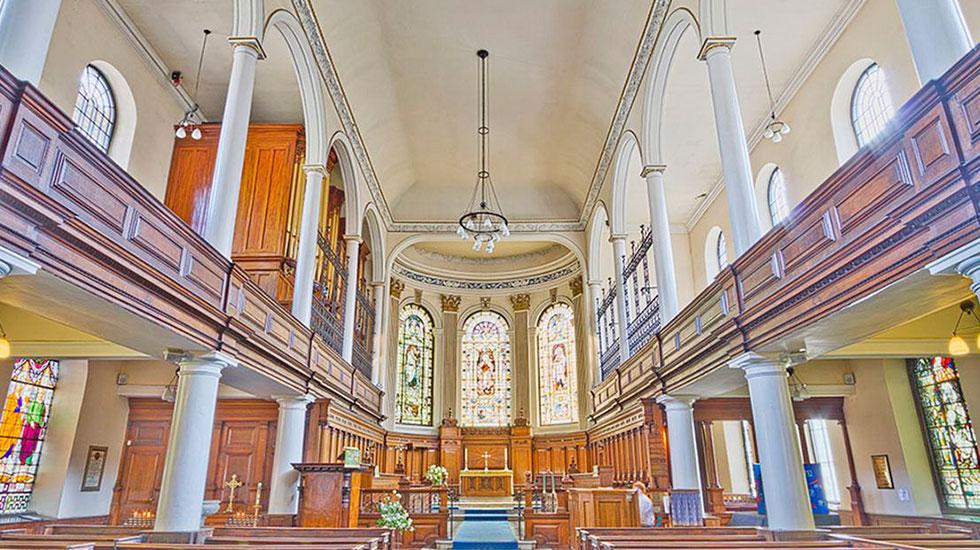 Nhà-thờ-Thánh-St-Anne - Tour Du Lịch Ba Lan
