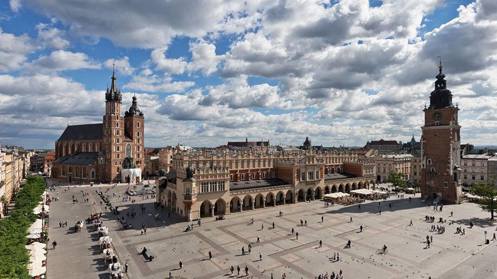 Quảng-trường-Rynek-Tour Du Lịch Ba Lan