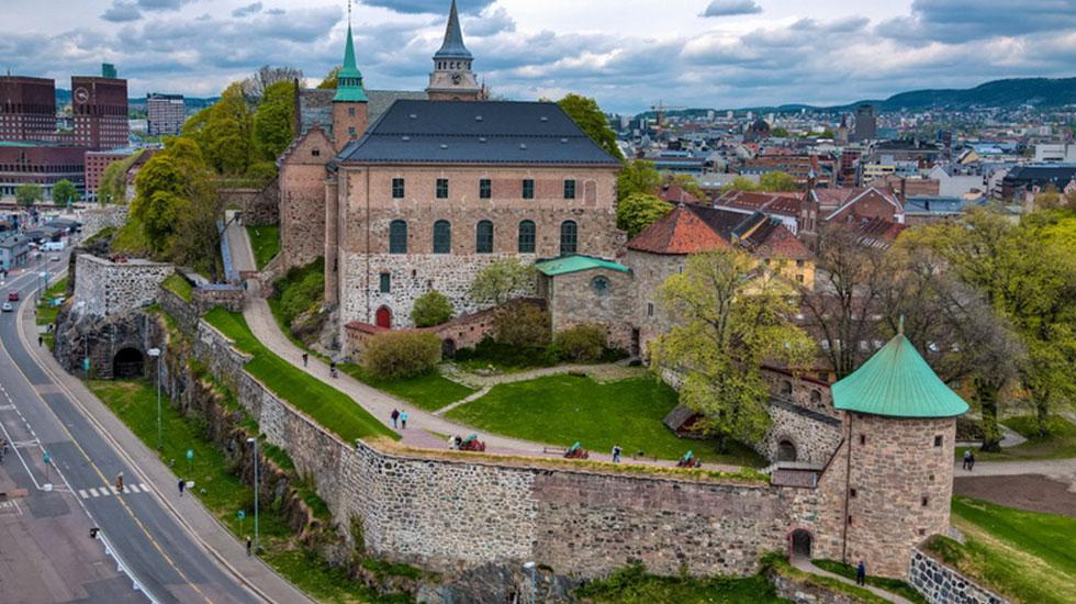 Đồi-Pháo-đài-Akershus-2 - Tour Du Lịch Na uy