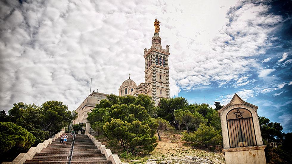 Nhà thờ lớn Notre Dame de la Garde Marseille - Tour Du Lịch Pháp