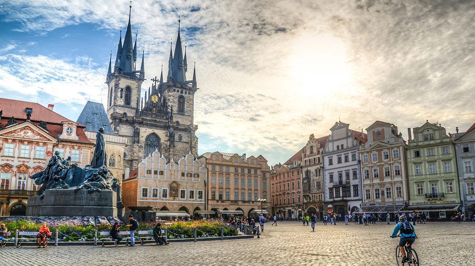 Phố cổ Staromestske - Tour Du Lịch Cộng Hòa Séc
